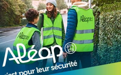 Distribution de gilets fluos pour les élèves utilisateurs des transports scolaires des Pays de la Loire